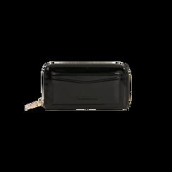 Portafoglio nero in ecopelle vernice con 10 vani, Borse, 125709023VENEROUNI, 001 preview