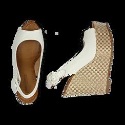Sandali platform bianchi in eco-pelle, zeppa intrecciata 13 cm , Primadonna, 134907984EPBIAN035, 003 preview