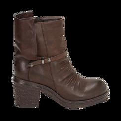 Biker boots marroni in eco-pelle, tacco 5 cm , Stivaletti, 140736661EPMARR035, 001a