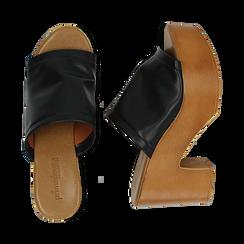 Mules nere in eco-pelle, tacco 9 cm , Primadonna, 134956581EPNERO035, 003 preview
