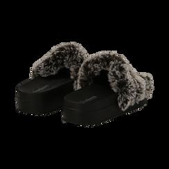 Ciabatte grigie in eco-fur con catenelle, Primadonna, 112061302FUGRIG041, 004 preview