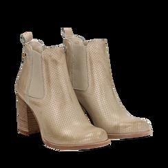 Chelsea boots traforati beige in vitello, tacco 8,50 cm , Scarpe, 138900880VIBEIG035, 002a