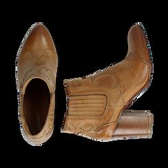 Ankle boots in pelle cuoio con banda elastica e tacco in legno 7,5 cm, Scarpe, 137725908PECUOI036, 003 preview