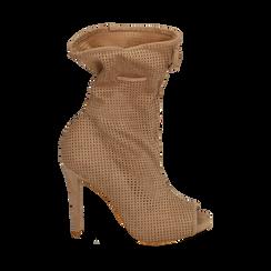 Botines open toe en microfibra perforada color beige, tacón 11 cm, 152182886MFBEIG035, 001a