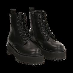 Anfibi platform neri in pelle, suola 4,5 cm , Stivaletti, 147728502PENERO038, 002 preview