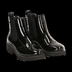 Chelsea boots neri in vernice con lavorazione Duilio, Primadonna, 143055702VENERO039, 002 preview