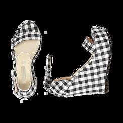 Sandali bianco/neri in tessuto Vichy, zeppa 13 cm, Scarpe, 132117220TSNEBI035, 003 preview