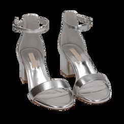 Sandalias eco-piel laminada color plateado, tacón 5,50 cm, 152707031LMARGE035, 002a