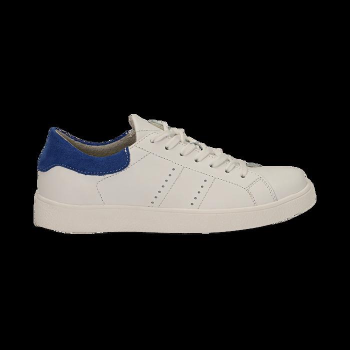 Sneakers bianche in vera pelle e dettaglio blu in camoscio, Scarpe, 131611783PEBIBL036