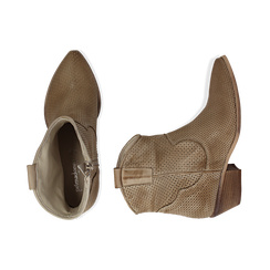 Stivali Texas traforati beige in vitello , Scarpe, 138900077VIBEIG036, 003 preview