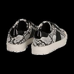 Sneakers bianco/nere in eco-pelle, effetto snake skin, Scarpe, 142619071PTBINE035, 004 preview