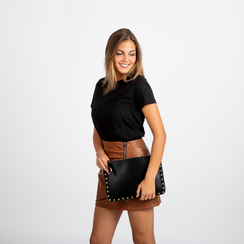 Clutch nera in ecopelle con profilo mini-borchie, Primadonna, 123308330EPNEROUNI, 005 preview