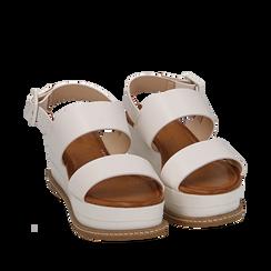 Sandali bianchi in eco-pelle, zeppa 6,50 cm , Scarpe, 154926601EPBIAN035, 002a