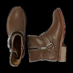 Biker boots taupe in eco-pelle con gambale traforato estensibile, tacco 3 cm, Scarpe, 130619015EPTAUP037, 003 preview