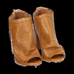 Botines open toe en vitello color cuero, tacón 9 cm, Zapatos, 15A217013VICUOI038, 002a