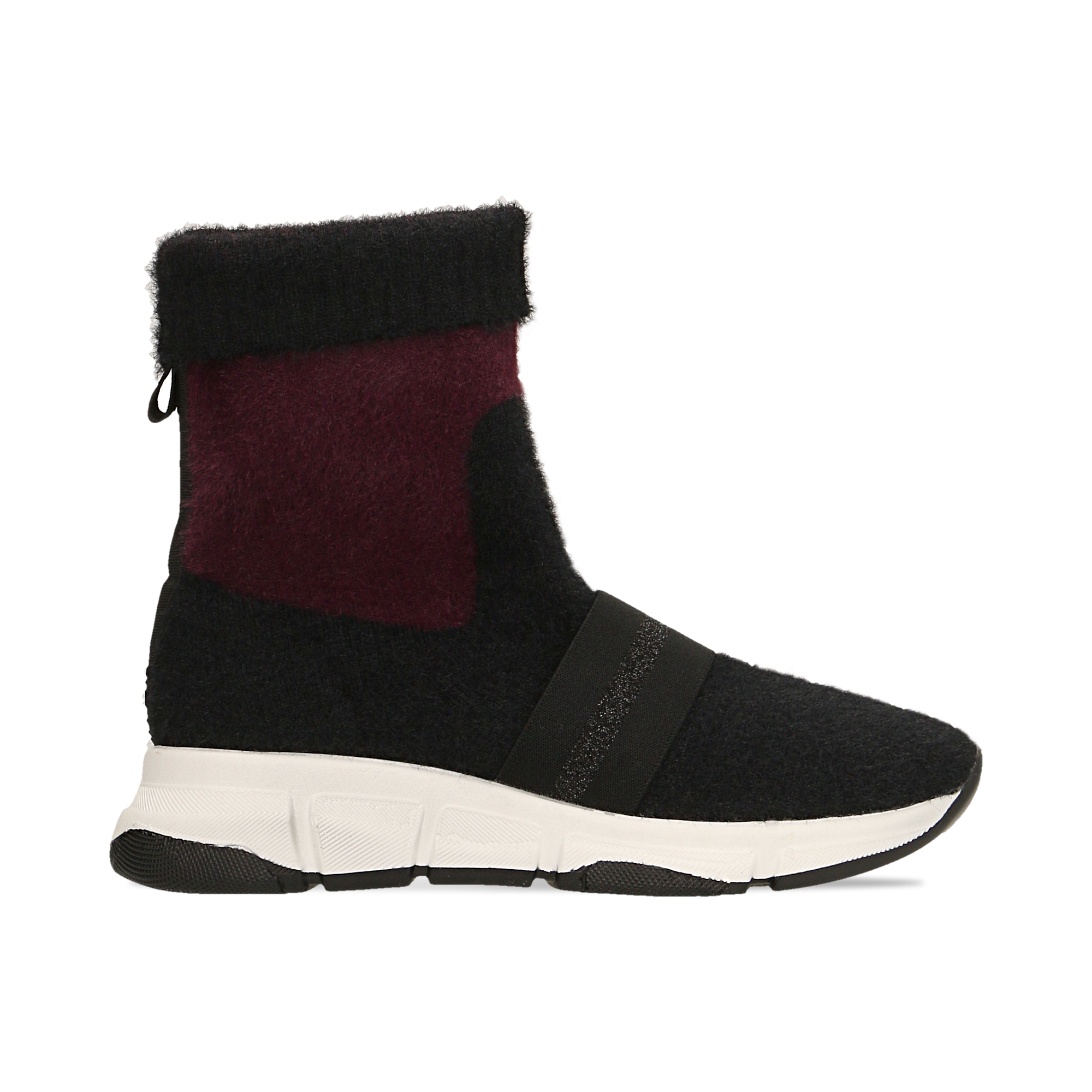 Sneakers nero-rosse sock boots con suola in gomma bianca
