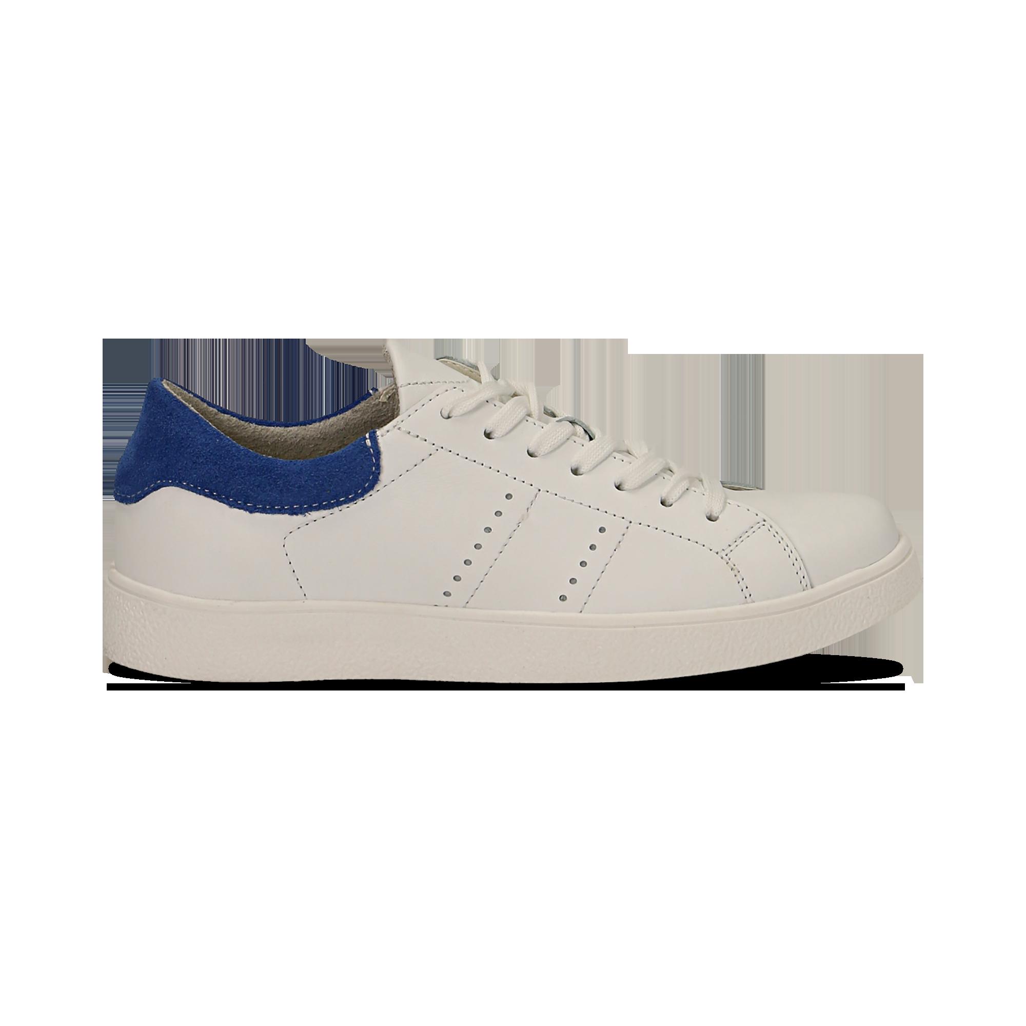 0c3ee26cb180f 15 Sneakers bianche in vera pelle e dettaglio blu in camoscio